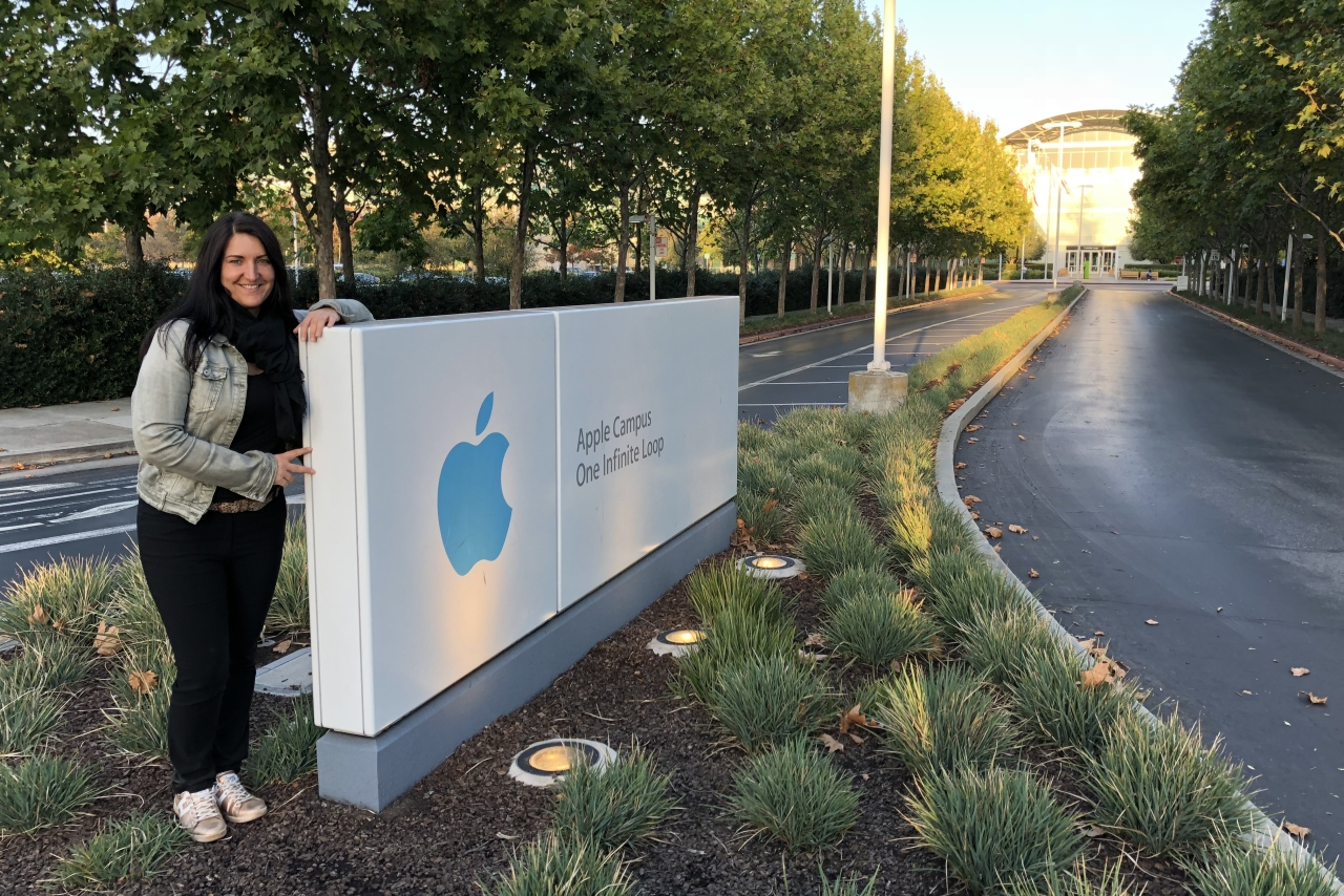 Inga Knoche am Apple Campus in Cupertino