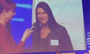 Inga Knoche auf der Informationstagung eines Kunden